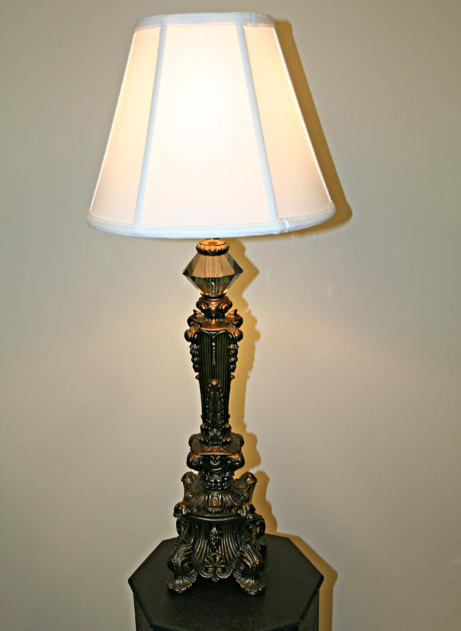 Victorian Style Table Lamp C 1960
